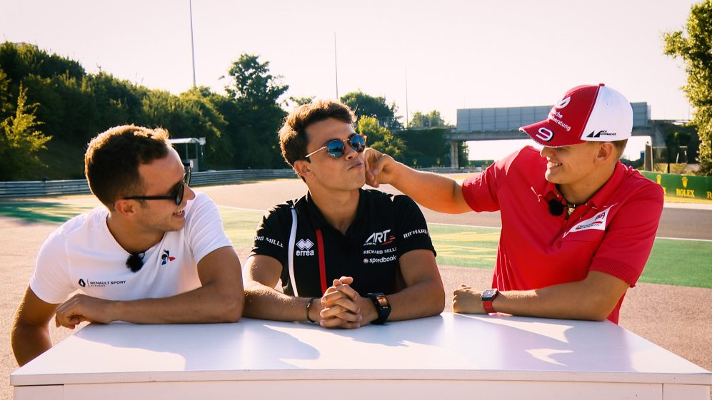 F2 Truths 1 Lie: Schumacher, De Vries and Hubert