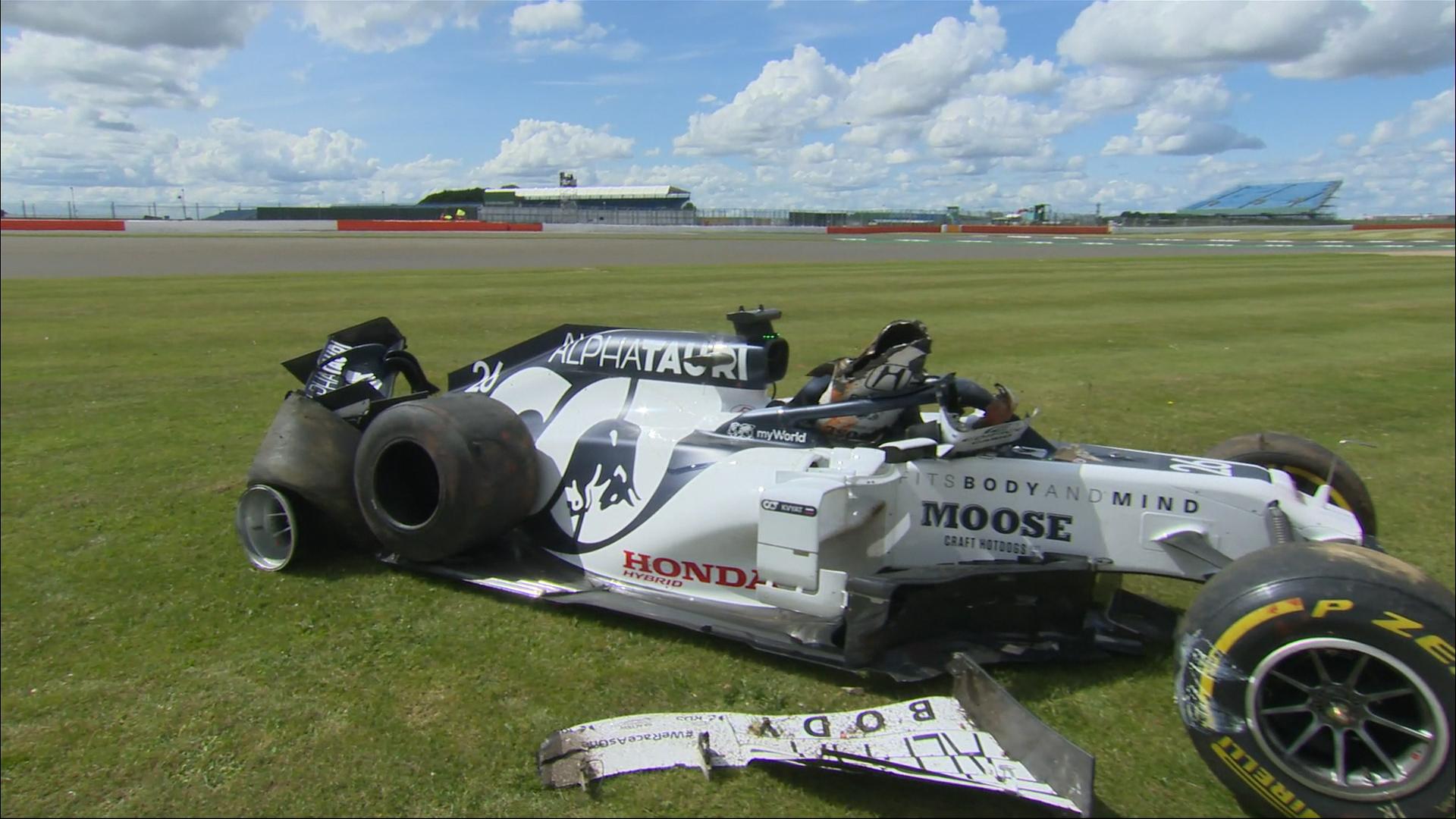 Great Britain 2020: Kvyat in huge crash at Silverstone