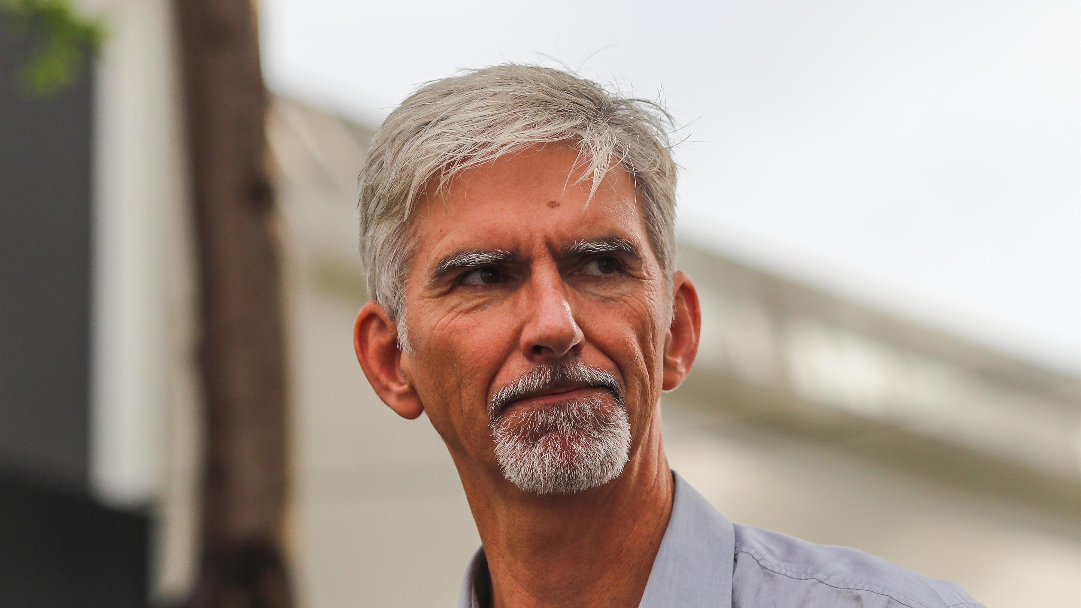 Damon Hill Vater