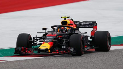 Horner: Ricciardo put his fist through the wall