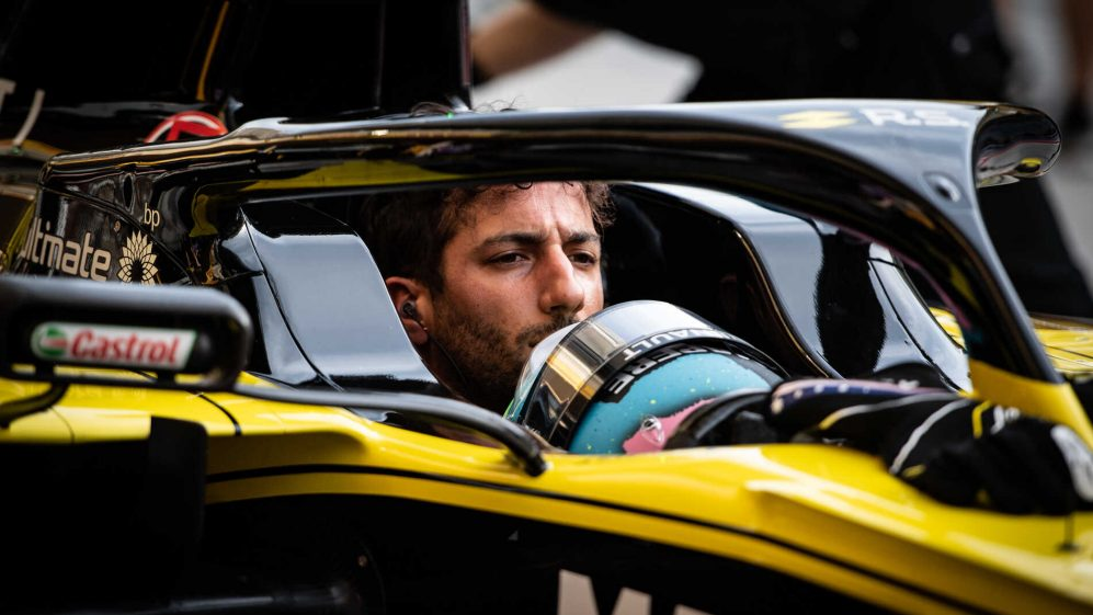 Ricciardo and Renault have tried to be 'too clever' with F1 set-up