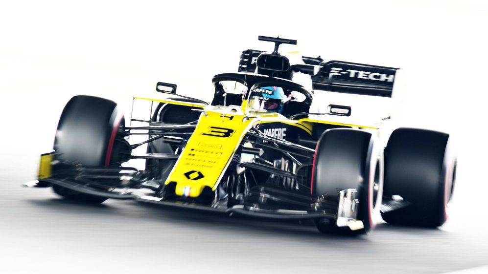 Renault: No customers in 20 means fewer distractions  Formula 20® Spy Shoot