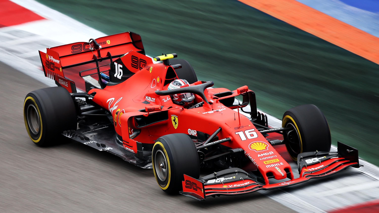 FP3: Leclerc heads Ferrari 1-2, lucky escape for Verstappen | Formula 1®