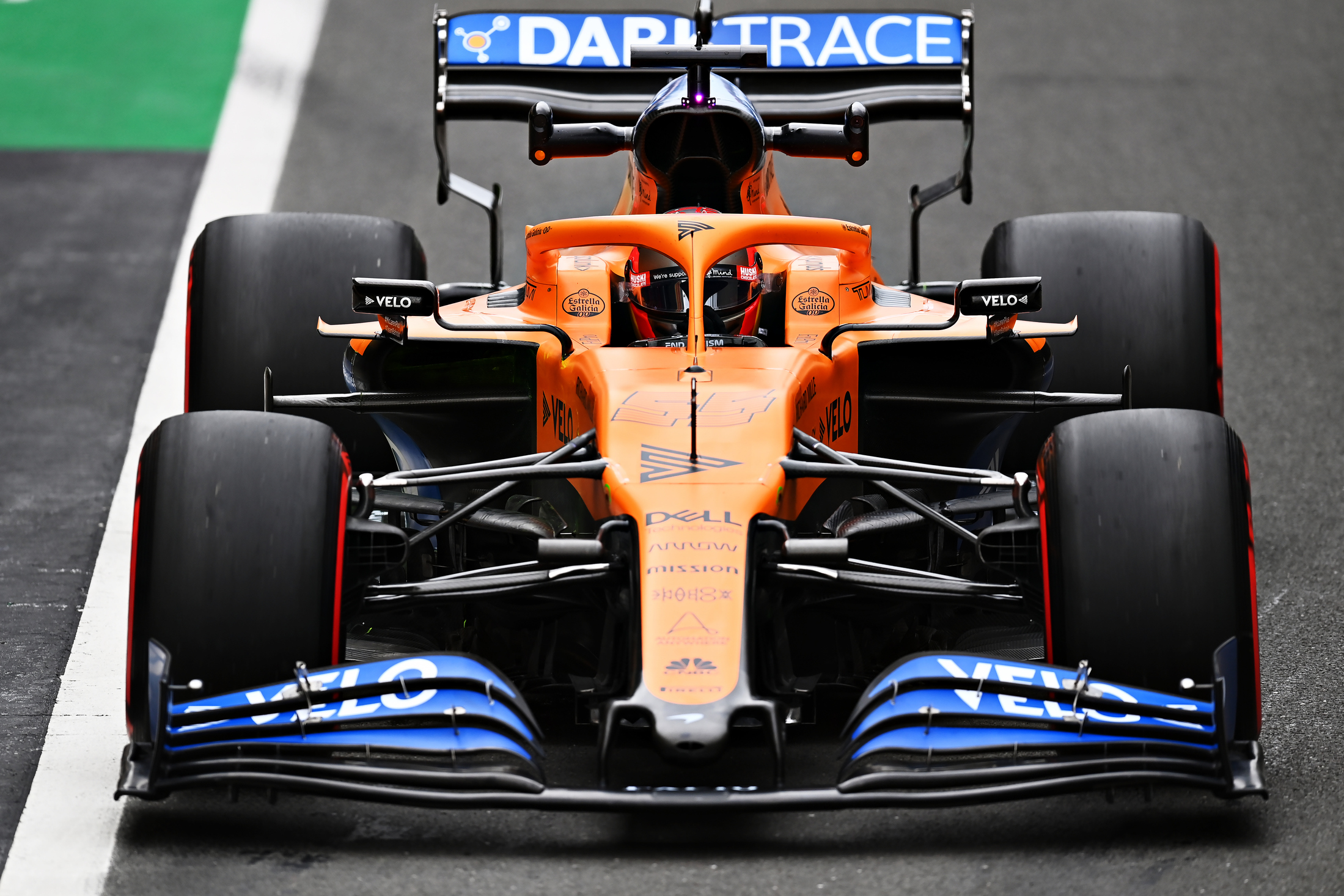 Mclaren S Carlos Sainz Predicts Tyre Choice Headache In Qualifying Formula 1