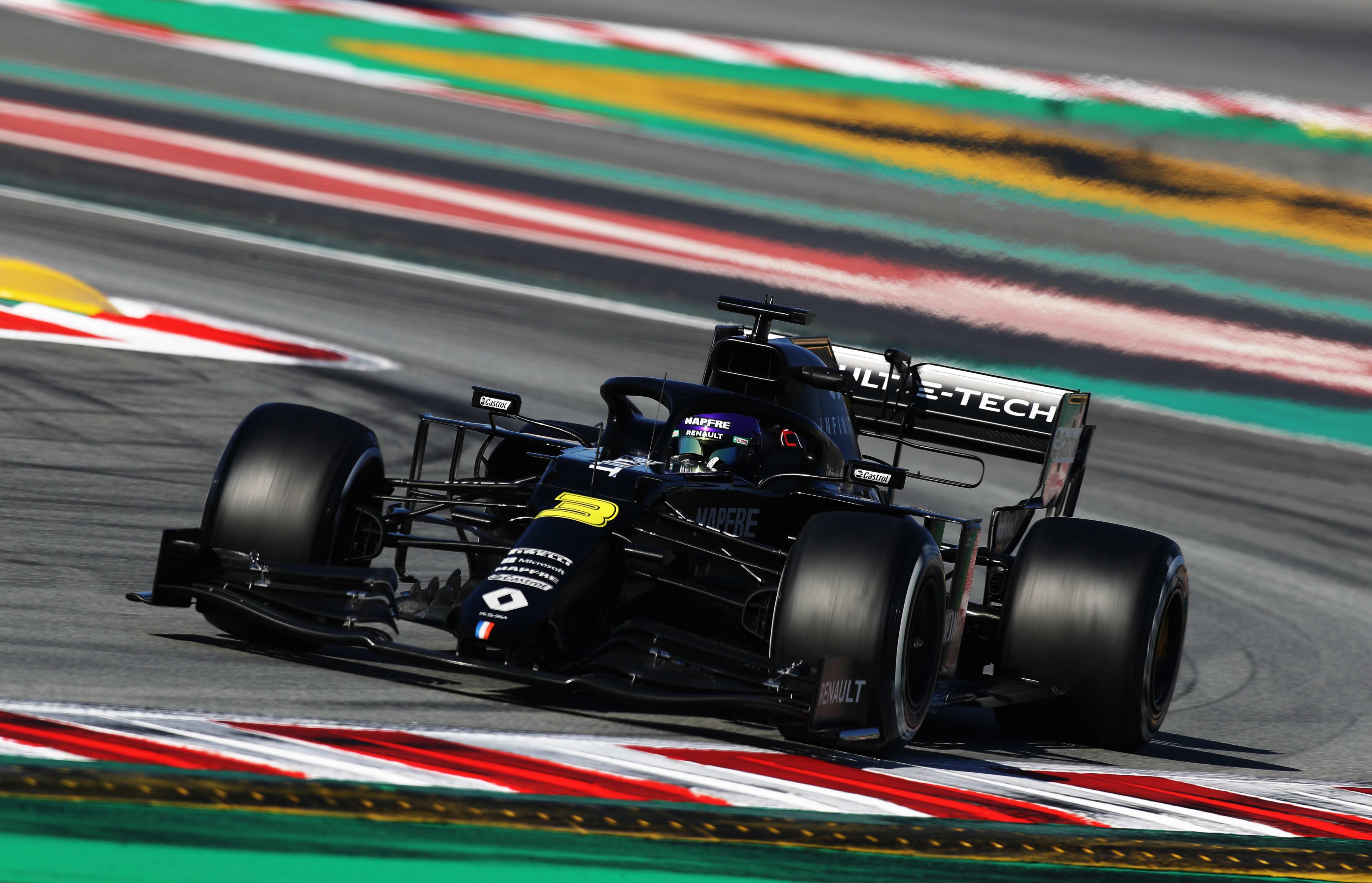 Morning testing report: Ricciardo fastest over Leclerc and Hamilton as just over 0.1s splits top 3 thumbnail