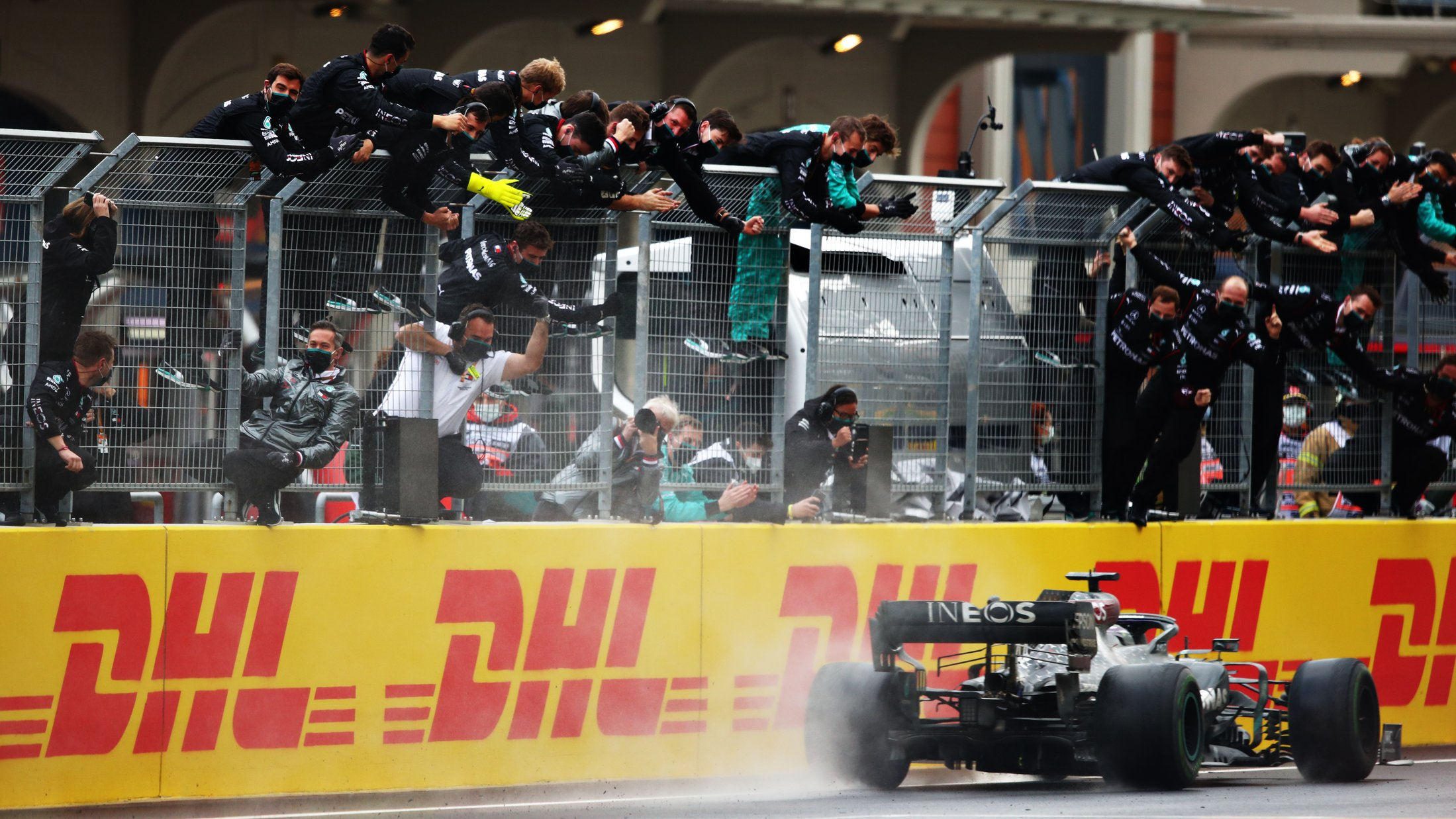 Turkish Grand Prix 2020 race report & highlights: Lewis Hamilton seals  historic 7th title with peerless wet-weather victory in Turkish Grand Prix  | Formula 1®