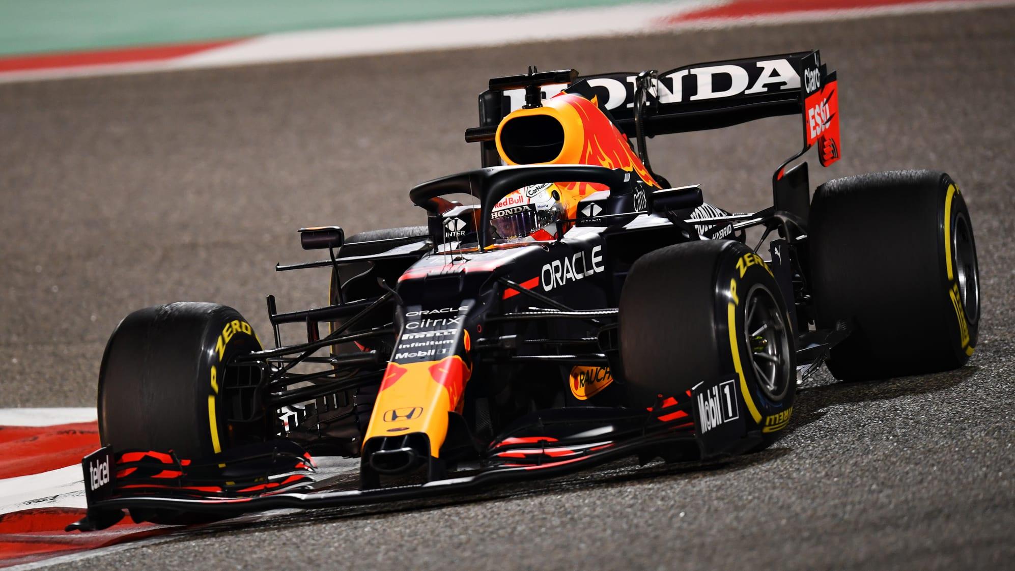 https://www.formula1.com/content/dam/fom-website/sutton/2021/Bahrain/Sunday/1309610859.jpg.transform/9col-retina/image.jpg