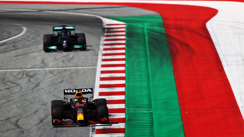 Max Verstappen and Lewis Hamilton to fight at Silverstone Grand Prix