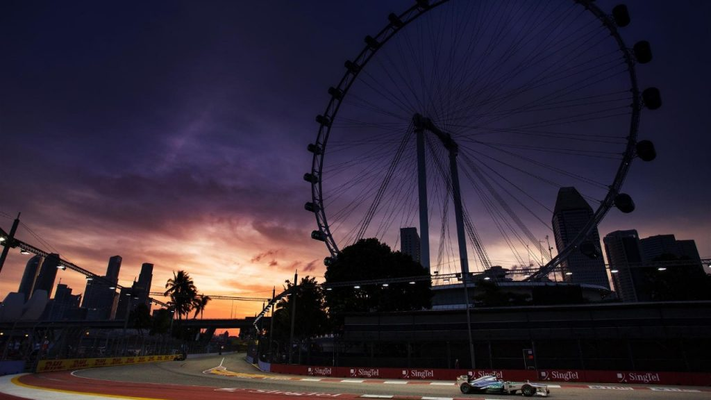 Singapore%20preview%20-%20spotlight%20on%20Mercedes%20as%20Red%20Bull%20threaten