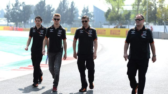 Nico Hulkenberg (GER) Force India walks the track with Bradley Joyce (GBR) Force India Race Engineer and Tom McCullough (GBR) Force India F1 Team Chief Engineer at Formula One World Championship, Rd17, Mexican Grand Prix, Preparations, Circuit Hermanos Rodriguez, Mexico City, Mexico, Thursday 29 October 2015. &copy&#x3b; Sutton Motorsport Images