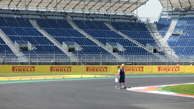 Track view view at Formula One World Championship, Rd17, Mexican Grand Prix, Preparations, Circuit Hermanos Rodriguez, Mexico City, Mexico, Thursday 29 October 2015. &copy&#x3b; Sutton Motorsport Images
