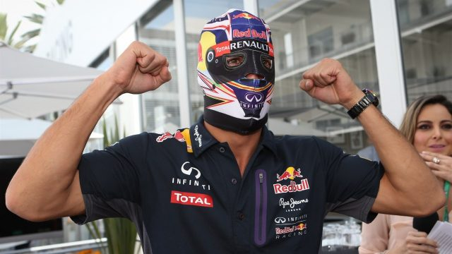 Daniel Ricciardo (AUS) Red Bull Racing in Lucha Libre mask at Formula One World Championship, Rd17, Mexican Grand Prix, Preparations, Circuit Hermanos Rodriguez, Mexico City, Mexico, Thursday 29 October 2015. &copy&#x3b; Sutton Motorsport Images