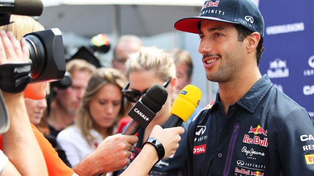 Daniel Ricciardo (AUS) Red Bull Racing talking to the media at Formula One World Championship, Rd17, Mexican Grand Prix, Preparations, Circuit Hermanos Rodriguez, Mexico City, Mexico, Thursday 29 October 2015. &copy&#x3b; Sutton Motorsport Images