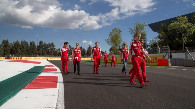 Sebastian Vettel (GER) Ferrari walks the track at Formula One World Championship, Rd17, Mexican Grand Prix, Preparations, Circuit Hermanos Rodriguez, Mexico City, Mexico, Thursday 29 October 2015. &copy&#x3b; Sutton Motorsport Images