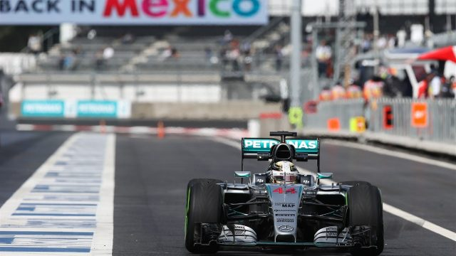 Lewis Hamilton (GBR) Mercedes AMG F1 W06 at Formula One World Championship, Rd17, Mexican Grand Prix, Practice, Circuit Hermanos Rodriguez, Mexico City, Mexico, Friday 30 October 2015. &copy&#x3b; Sutton Motorsport Images
