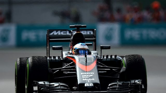 Fernando Alonso (ESP) McLaren MP4-30 at Formula One World Championship, Rd17, Mexican Grand Prix, Practice, Circuit Hermanos Rodriguez, Mexico City, Mexico, Friday 30 October 2015. &copy&#x3b; Sutton Motorsport Images