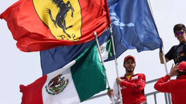 Fans and flags at Formula One World Championship, Rd17, Mexican Grand Prix, Practice, Circuit Hermanos Rodriguez, Mexico City, Mexico, Friday 30 October 2015. &copy&#x3b; Sutton Motorsport Images