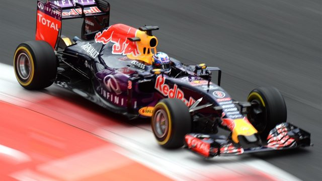 Daniel Ricciardo (AUS) Red Bull Racing RB11 at Formula One World Championship, Rd17, Mexican Grand Prix, Qualifying, Circuit Hermanos Rodriguez, Mexico City, Mexico, Saturday 31 October 2015. &copy&#x3b; Sutton Motorsport Images