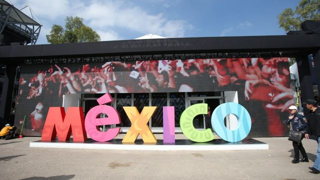 Mexico logo sculpture and fans at Formula One World Championship, Rd17, Mexican Grand Prix, Race, Circuit Hermanos Rodriguez, Mexico City, Mexico, Sunday 1  November 2015. &copy&#x3b; Sutton Motorsport Images