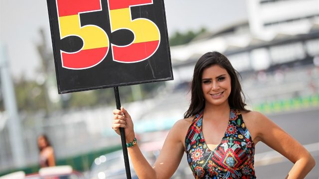 Grid girl at Formula One World Championship, Rd17, Mexican Grand Prix, Race, Circuit Hermanos Rodriguez, Mexico City, Mexico, Sunday 1  November 2015. &copy&#x3b; Sutton Motorsport Images