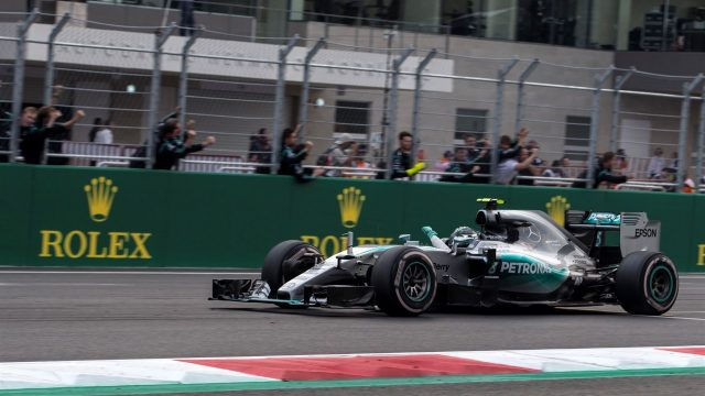 Race winner Nico Rosberg (GER) Mercedes AMG F1 W06 crosses the line at Formula One World Championship, Rd17, Mexican Grand Prix, Race, Circuit Hermanos Rodriguez, Mexico City, Mexico, Sunday 1  November 2015. &copy&#x3b; Sutton Motorsport Images