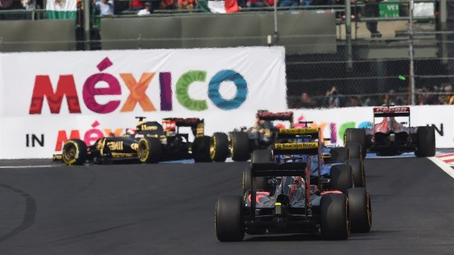 Rear action at Formula One World Championship, Rd17, Mexican Grand Prix, Race, Circuit Hermanos Rodriguez, Mexico City, Mexico, Sunday 1  November 2015. &copy&#x3b; Sutton Motorsport Images