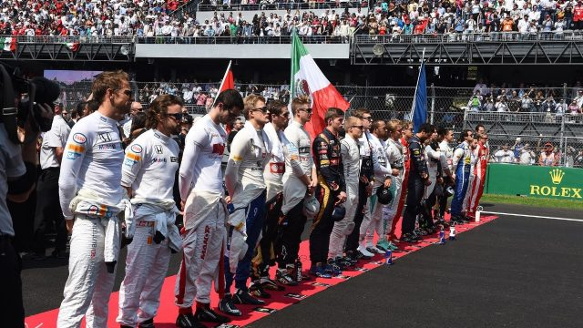Drivers observe the National Anthem on the grid at Formula One World Championship, Rd17, Mexican Grand Prix, Race, Circuit Hermanos Rodriguez, Mexico City, Mexico, Sunday 1  November 2015. &copy&#x3b; Sutton Motorsport Images