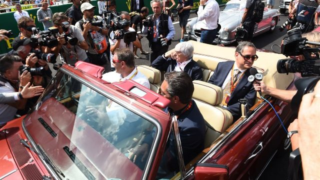Nigel Mansell (GBR) and Bernie Ecclestone (GBR) CEO Formula One Group (FOM) at Formula One World Championship, Rd17, Mexican Grand Prix, Race, Circuit Hermanos Rodriguez, Mexico City, Mexico, Sunday 1 November 2015. &copy&#x3b; Sutton Motorsport Images