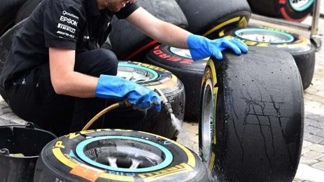 Mercedes AMG F1 mechanic washes pit tyres and wheels at Formula One World Championship, Rd15, Russian Grand Prix, Qualifying, Sochi Autodrom, Sochi, Krasnodar Krai, Russia, Saturday 10 October 2015. &copy&#x3b; Sutton Motorsport Images