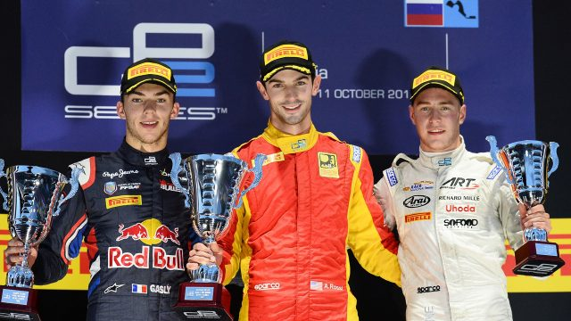 (L to R): Second placed Pierre Gasly (FRA) DAMS, race winner Alexander Rossi (USA) Racing Engineering and third placed Stoffel Vandoorne (BEL) ART Grand Prix celebrate on the podium with the trophies at GP2 Series, Rd9, Sochi Autodrom, Russia, 9-11 October 2015. &copy&#x3b; Sutton Motorsport Images