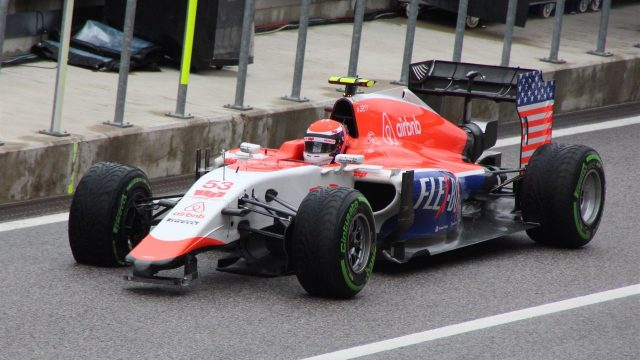 Alexander Rossi (USA) Marussia with broken front wing at Formula One World Championship, Rd16, United States  Grand Prix, Race, Austin, Texas, USA, Sunday 25 October 2015. &copy&#x3b; Sutton Motorsport Images