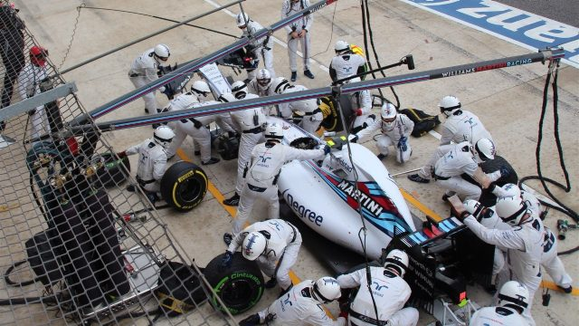 Valtteri Bottas (FIN) Williams FW37 pit stop with broken front wing at Formula One World Championship, Rd16, United States  Grand Prix, Race, Austin, Texas, USA, Sunday 25 October 2015. &copy&#x3b; Sutton Motorsport Images