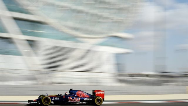 Max Verstappen (NDL) Scuderia Toro Rosso STR10 at Formula One World Championship, Rd19, Abu Dhabi Grand Prix, Practice, Yas Marina Circuit, Abu Dhabi, UAE, Friday 27 November 2015. &copy&#x3b; Sutton Motorsport Images