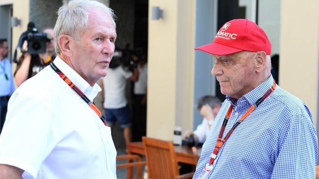 Dr Helmut Marko (AUT) Red Bull Motorsport Consultant and Niki Lauda (AUT) Mercedes AMG F1 Non-Executive Chairman at Formula One World Championship, Rd19, Abu Dhabi Grand Prix, Race, Yas Marina Circuit, Abu Dhabi, UAE, Sunday 29 November 2015. &copy&#x3b; Sutton Motorsport Images