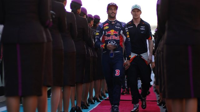 Daniel Ricciardo (AUS) Red Bull Racing and Nico Hulkenberg (GER) Force India F1 on the drivers parade at Formula One World Championship, Rd19, Abu Dhabi Grand Prix, Race, Yas Marina Circuit, Abu Dhabi, UAE, Sunday 29 November 2015. &copy&#x3b; Sutton Motorsport Images