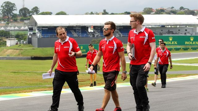 Will Stevens (GBR), Marussia, walks the track at Formula One World Championship, Rd18, Brazilian Grand Prix, Preparations, Interlagos, Sao Paulo, Brazil, Thursday 12 November 2015. &copy&#x3b; Sutton Motorsport Images
