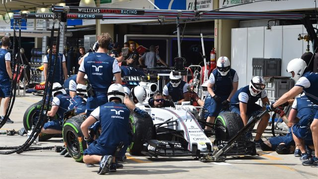 Williams practice pit stops at Formula One World Championship, Rd18, Brazilian Grand Prix, Preparations, Interlagos, Sao Paulo, Brazil, Thursday 12 November 2015. &copy&#x3b; Sutton Motorsport Images