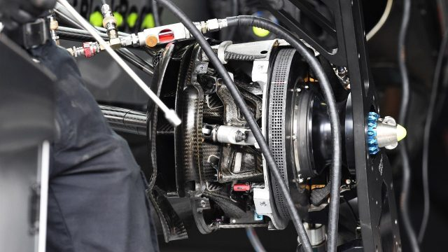 Mercedes AMG F1 W06 front wheel hub and brake detail at Formula One World Championship, Rd18, Brazilian Grand Prix, Preparations, Interlagos, Sao Paulo, Brazil, Thursday 12 November 2015. &copy&#x3b; Sutton Motorsport Images