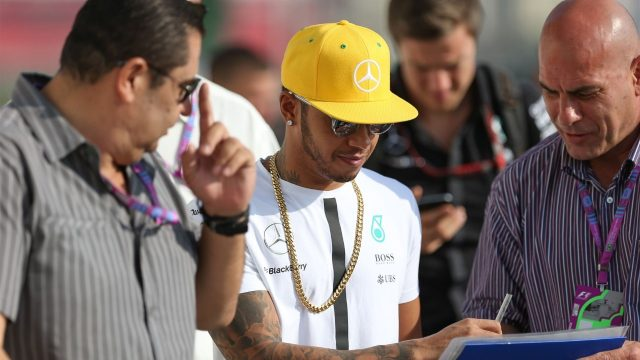 Lewis Hamilton (GBR) Mercedes AMG F1 signs autographs at Formula One World Championship, Rd18, Brazilian Grand Prix, Practice, Interlagos, Sao Paulo, Brazil, Friday 13 November 2015. &copy&#x3b; Sutton Motorsport Images