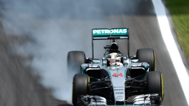 Lewis Hamilton (GBR) Mercedes AMG F1 W06 locks up at Formula One World Championship, Rd18, Brazilian Grand Prix, Qualifying, Interlagos, Sao Paulo, Brazil, Saturday 14 November 2015. &copy&#x3b; Sutton Motorsport Images