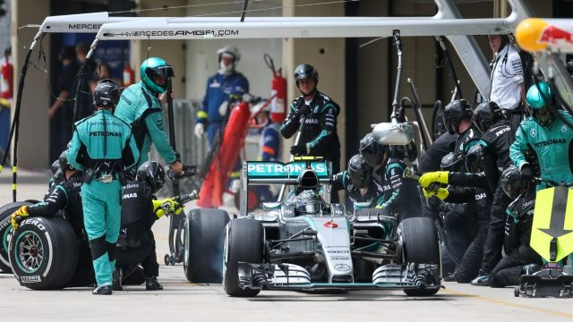 Nico Rosberg (GER) Mercedes AMG F1 W06 pit stop at Formula One World Championship, Rd18, Brazilian Grand Prix, Race, Interlagos, Sao Paulo, Brazil, Sunday 15 November 2015. &copy&#x3b; Sutton Motorsport Images