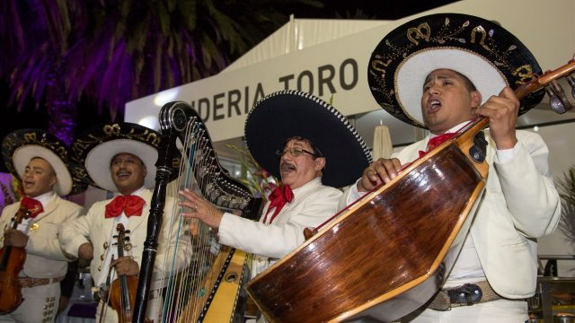 Mariachi playing at  the welcome party at Formula One World Championship, Rd17, Mexican Grand Prix, Preparations, Circuit Hermanos Rodriguez, Mexico City, Mexico, Thursday 29 October 2015. &copy&#x3b; Sutton Motorsport Images