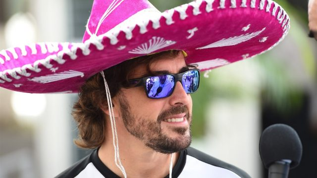 Fernando Alonso (ESP) McLaren and sombrero at Formula One World Championship, Rd17, Mexican Grand Prix, Preparations, Circuit Hermanos Rodriguez, Mexico City, Mexico, Thursday 29 October 2015. &copy&#x3b; Sutton Motorsport Images