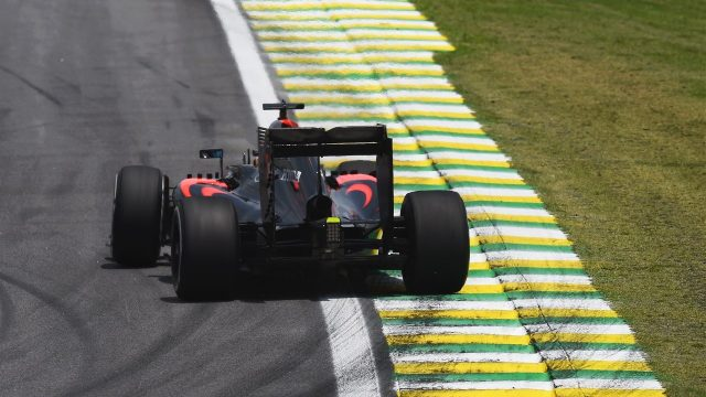Fernando Alonso (ESP) McLaren MP4-30 at Formula One World Championship, Rd18, Brazilian Grand Prix, Qualifying, Interlagos, Sao Paulo, Brazil, Saturday 14 November 2015. &copy&#x3b; Sutton Motorsport Images