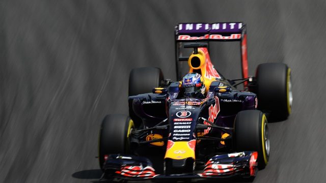 Daniel Ricciardo (AUS) Red Bull Racing RB11 at Formula One World Championship, Rd18, Brazilian Grand Prix, Qualifying, Interlagos, Sao Paulo, Brazil, Saturday 14  November 2015. &copy&#x3b; Sutton Motorsport Images