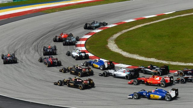 Lewis Hamilton (GBR) Mercedes AMG F1 W06 leads at the start of the race at Formula One World Championship, Rd2, Malaysian Grand Prix, Race, Sepang, Malaysia, Sunday 29 March 2015. &copy&#x3b; Sutton Motorsport Images