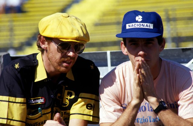 Ayrton Senna (BRA) (Right) with his Lotus Engineer Steve Hallam (Left), 1986.
