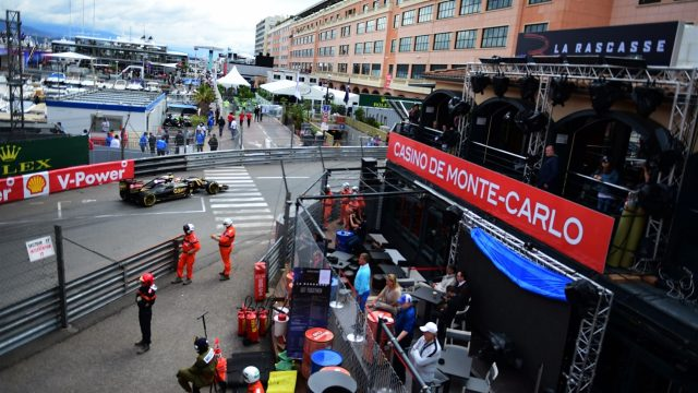 Action at La Rascasse at Formula One World Championship, Rd6, Monaco Grand Prix Practice, Monte-Carlo, Monaco, Thursday 21  May 2015. &copy&#x3b; Sutton Motorsport Images