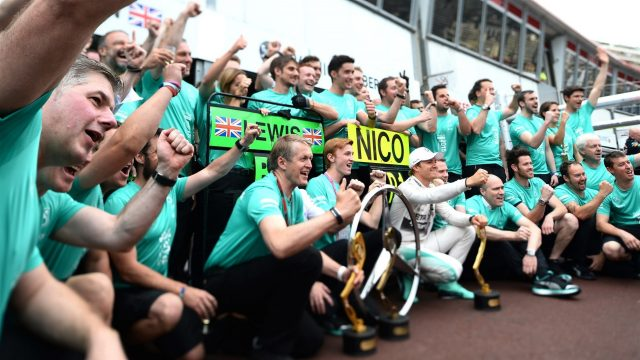 Race winner Nico Rosberg (GER) Mercedes AMG F1 celebrates with the team at Formula One World Championship, Rd6, Monaco Grand Prix Race, Monte-Carlo, Monaco, Sunday 24 May 2015. &copy&#x3b; Sutton Motorsport Images