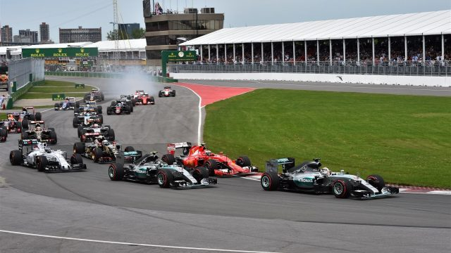 Lewis Hamilton (GBR) Mercedes AMG F1 W06 leads at the start of the race at Formula One World Championship, Rd7, Canadian Grand Prix, Race, Montreal, Canada, Sunday 7 June 2015. &copy&#x3b; Sutton Motorsport Images